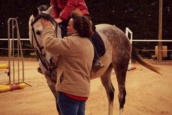 Cathy Bouat sculpture : Ressentir les chevaux